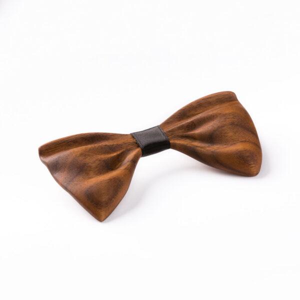 drewniana mucha papilio orzech amerykański marki Lerymond ręcznie wykonana